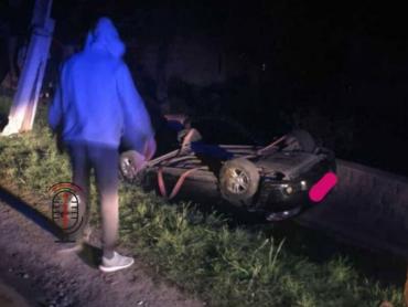 ДТП в Закарпатье: Скорость на скользкой дороге дорого стоила водителю