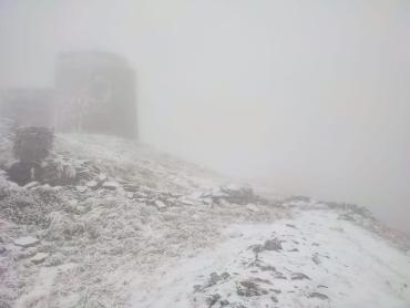 В Закарпатье перед началом октября выпал снег