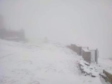 Удивительное фото заснеженного места в Закарпатье приводит в восторг