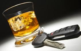"""В Закарпатье водитель с 2,72 промилле алкоголя в крови """"загнал"""" иномарку в придорожную канаву"""