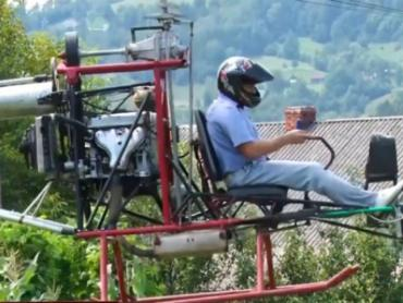 В Закарпатье глава сельсовета создал свой вертолет