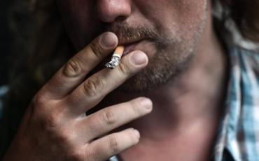 Через акцыз на сигареты цены на них значительно поднимутся