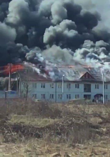 В Закарпатье пылает комплекс за 120 миллионов гривен