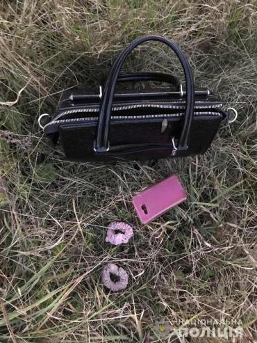 В Закарпатье 17-летний лицеист на мотоцикле ограбил местную жительницу