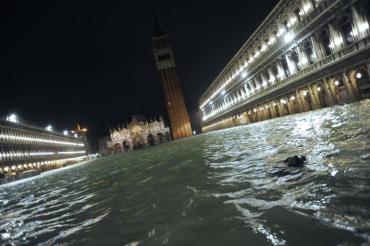 Венеция потерпела одно из самых худших наводнений в истории