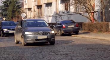 В Ужгороде прибегли к громкоговорителю, чтобы предупредить о карантине