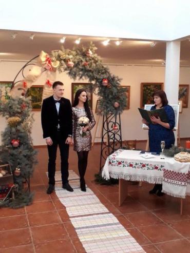«Шлюб за добу» уклали громадянка України та громадянин Латвії