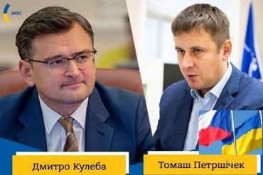 Главы МИД Украины и Чехии договорились: Во время пандемии коронавируса о заробитчанах позаботятся