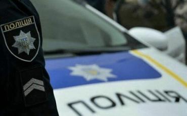 """Дурдом в Закарпатье: Женщина стала """"жертвой ДТП"""" с полицейскими"""