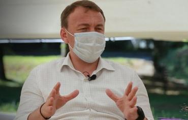 Купи сміття були в центрі уваги останнього телеінтерв'ю губернатора Закарпаття Олексія Петрова