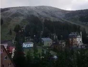 На курорте Драгобрат в Закарпатье началась зима