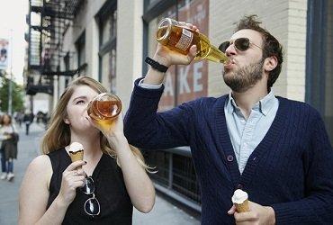 Новий закон в Украине запретит появляться на улице в пьяном виде