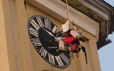 Медики рассказали как перевод часов влияет на организм человека