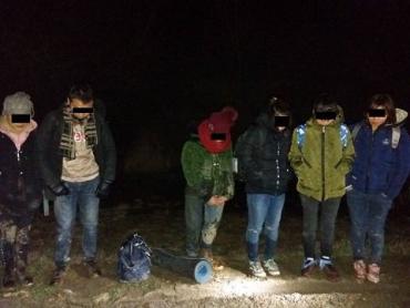 В Закарпатье на границе с Венгрией задержали шестерых нелегалов