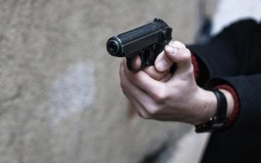 В Кривом Роге депутат открыл стрельбу по людям с балкона своего дома
