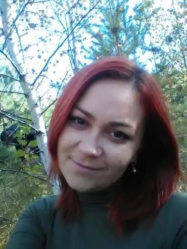 В Харьковской области умерла девушка, которая отработала три недели без выходных