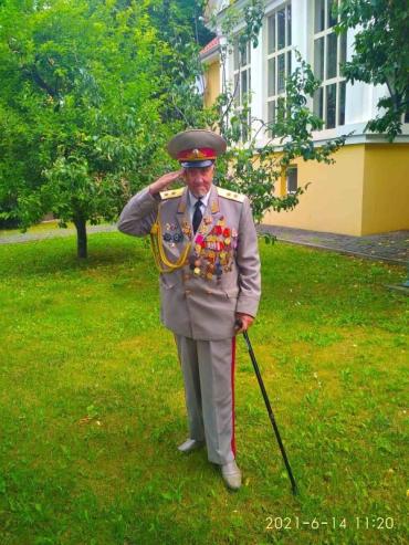 Віктору Шилову – вже 81рікі з нагоди 30-ліття виведення радянських військ з Угорщини він поспілкувався з журналістами