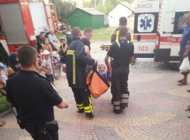 В Закарпатье люди спасли своего соседа от мучительной смерти