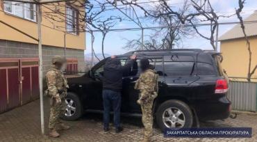 Под миллион гривен за сделку: В Закарпатье накрыт крупнейший канал переправки нелегалов — среди них криминальные авторитеты
