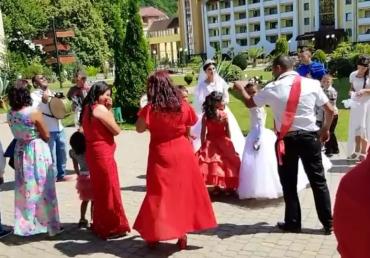 Ромське весілля на Закарпатті: колорит і традиції