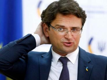 """Українцям поки що """"не світить"""" потрапити до """"зеленого"""" списку країн, громадянам яких дозволений в'їзд до ЄС"""
