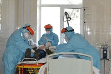 """Житель Закарпатья переболел на коронавирус: """"Я шел, держась за стены"""""""