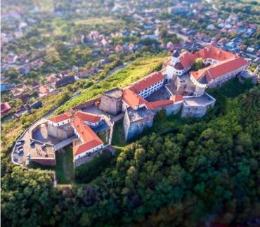 Подорожі замками і фортецями Закарпаття