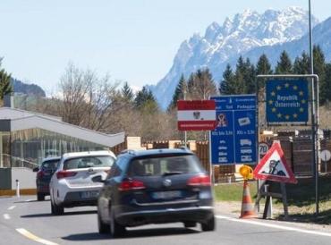 Австрия усилила контроль въезда на границах