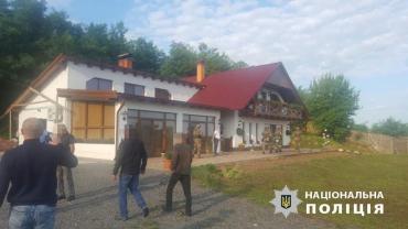 Спецоперация в Закарпатье: Обыскивают дома преступной группы