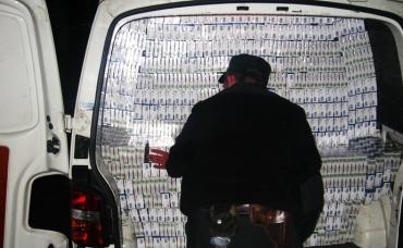 Процвітання контрабанди в Закарпатті: як це працює, хто відповідальний і чому вона ніколи не закінчиться