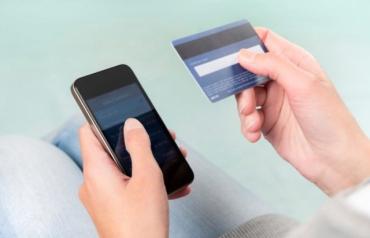 Нова схема з викраденням грошей з банківської картки діє на Закарпатті