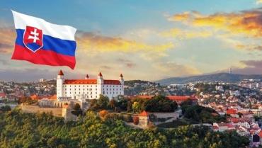 Заробітчани звинувачують консульство Словаччини в Ужгороді в корупційній змові