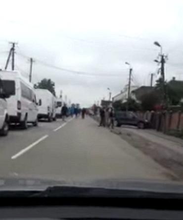 """Жахи на кордоні Закарпаття! Як українці """"з боєм"""" прориваються на Захід"""