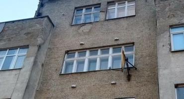 В стенах скорбного дома на Почтовой в Ужгороде завелся лютый диверсант (ФОТО)