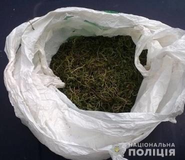 В доме зека из Берегово обнаружили марихуану и метамфетамин