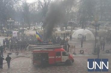 Беспорядки под ВР: произошли столкновения, горели шины