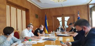 Глава Закарпатской ОГА Алексей Петров провел совещание с правоохранителями, медиками и эпидемиологами