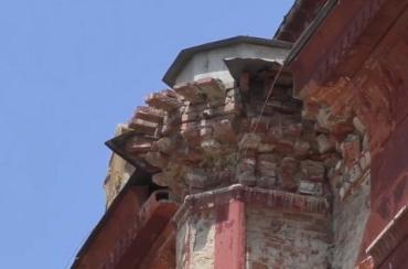 Историческое здание синагоги 1904 года в Ужгороде теряет первозданный вид