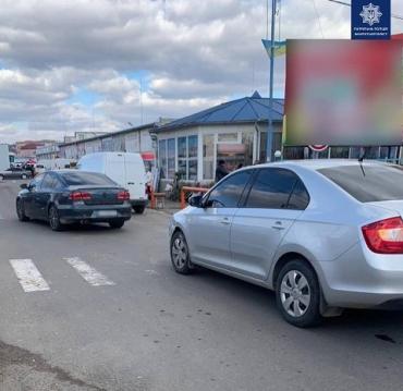 """В Закарпатье полиция разыскивают """"шумахера"""" скрывшегося с места ДТП"""