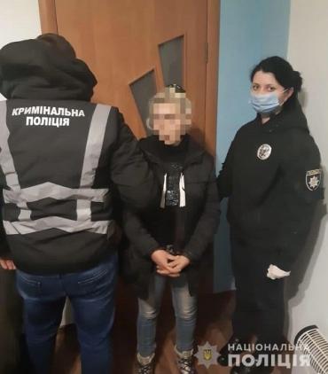 В Закарпатье задержали наглую домушницу, ограбившую одинокую пенсионерку