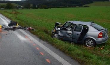 Авария в Словакии: В лобовом столкновении Opel и Skoda погибла жещина, два человека в больнице