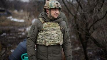 Сам Зеленский в армии почему то не служил