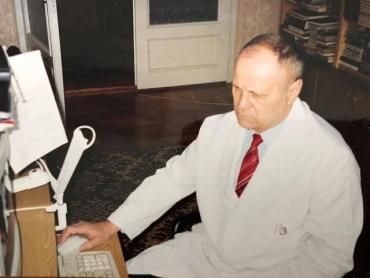 На 77 году оборвалась жизнь одного из фундаментаторов урологической службы.