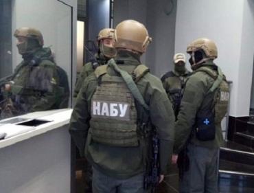 Обыски в компаниях Порошенко завершены: Изъяли корреспонденцию, документы