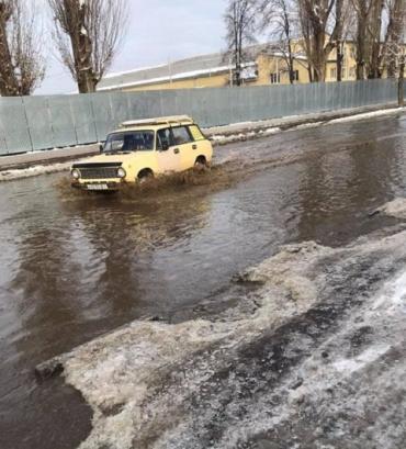 Проблема с водоотведением на одной из улиц Ужгорода не решается десятки лет