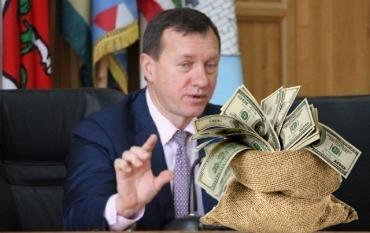 Госаудитслужба выявила махинации и схемы у мэра Ужгорода Андріїва