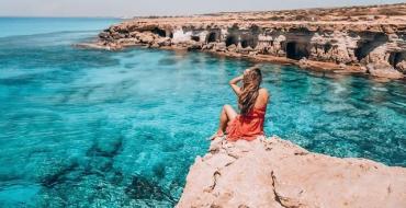 Кипр меняет правила пересечения границы для невакцинированных туристов из Украины
