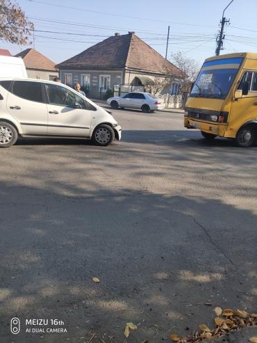 В Закарпатье произошло ДТП с участием маршрутного такси