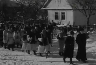 Архивные кадры празднования Рождества на Закарпатье почти 80 лет назад