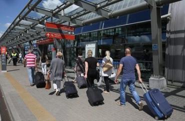 Половина жителей Закарпатья хотят жить за границей